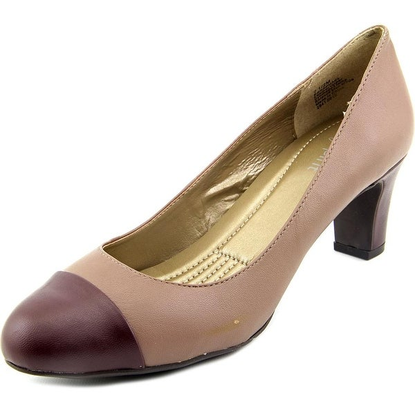 Easy Spirit Raphael W Cap Toe Leather Heels