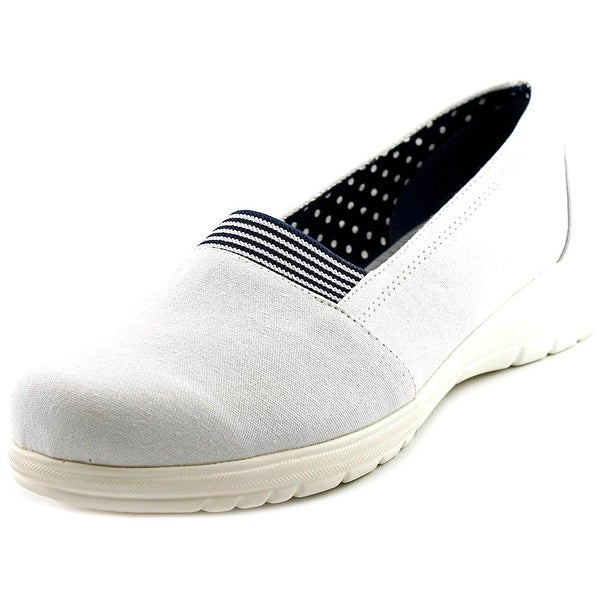 Beacon Jamie Gored Women White Flats