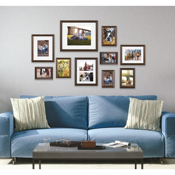Kate and Laurel Traditional Wall Picture Frame Set