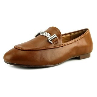 GC Shoes Vice Women Round Toe Leather Tan Loafer