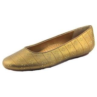 Vaneli Simha Round Toe Leather Ballet Flats