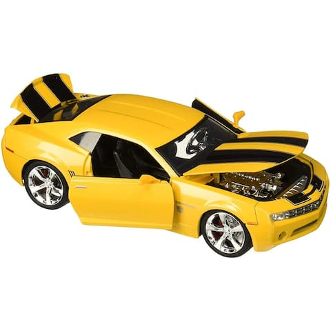 Transformers Bumblebee 2006 Chevy Camaro Concept 1:24 Die Cast Vehicle - Yellow