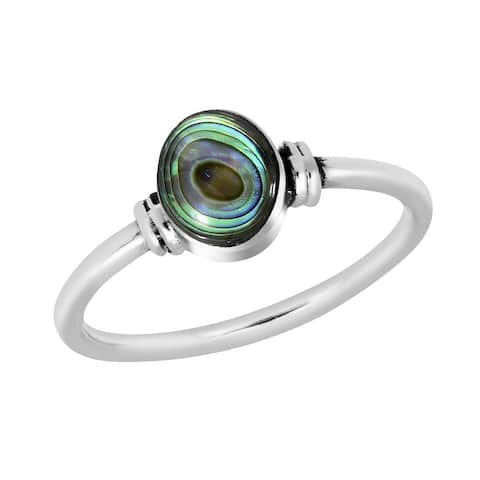 Handmade Simply Chic Oval Shaped Abalone Shell Sterling Silver Band Ring (Thailand)