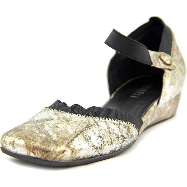 Vaneli Grania Women Square Toe Leather Flats