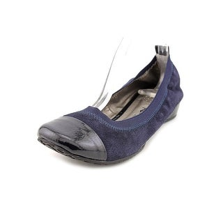 Kenneth Cole Reaction Blink Wink Cap Toe Suede Flats