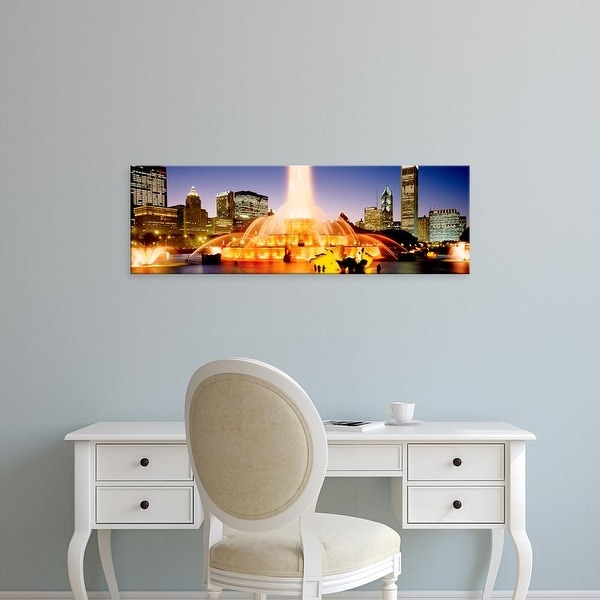 Easy Art Prints Panoramic Images's 'Fountain lit up at dusk, Buckingham Fountain, Chicago, Illinois, USA' Canvas Art
