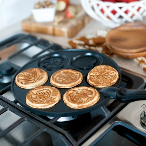 Nordic Ware Autumn Leaves Pancake Pan, Black