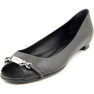 Gucci Salandia Women Peep-Toe Leather Flats
