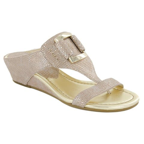 2df4b60f2 Donald J Pliner Womens Daun Suede Open Toe Casual T-Strap Sandals