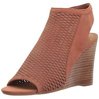 Steve Madden Womens Winny NuBuck Open Toe Casual Platform Sandals