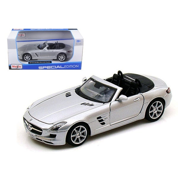 shop mercedes sls amg roadster silver 1 24 diecast model car by maisto free shipping on orders. Black Bedroom Furniture Sets. Home Design Ideas