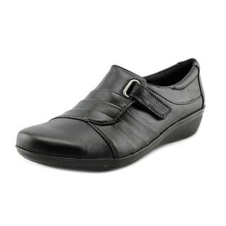 Clarks Everlay Luna Women W Round Toe Leather Loafer