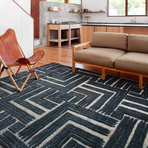 Alexander Home Vail Mid-century Modern Geometric Square Area Rug
