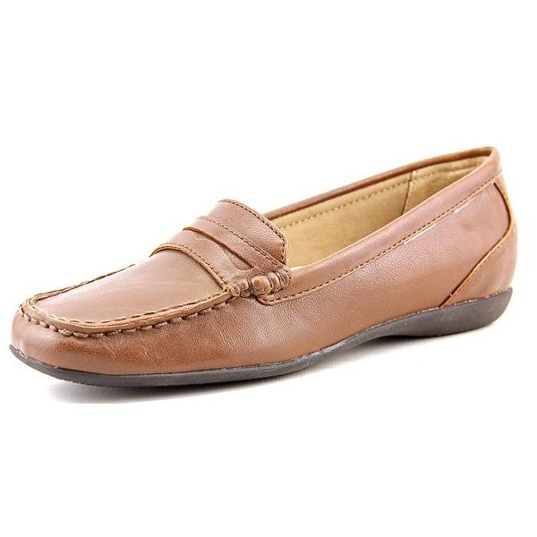 Trotters Francie Women Tan Loafers