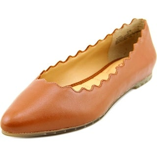 Me Too Alexia Pointed Toe Leather Flats