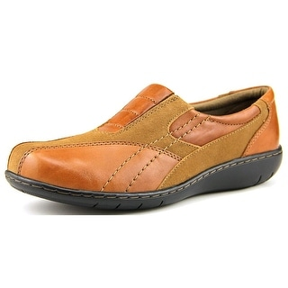 Clarks Bingo Q Women Square Toe Leather Tan Loafer