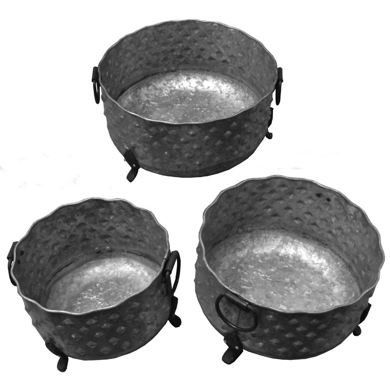 Three Piece Round Metal Planters With Uneven Mouth, Gray
