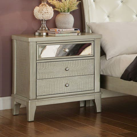 Furniture of America Livo Modern Silver Solid Wood 3-drawer Nightstand