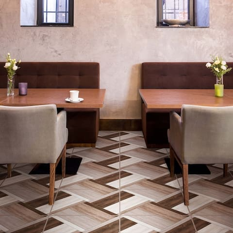 """SomerTile Austina Naturale 17.75"""" x 17.75"""" Ceramic Floor and Wall Tile"""