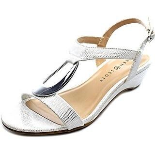 Karen Scott Women's Carmeyy Wedge Sandal