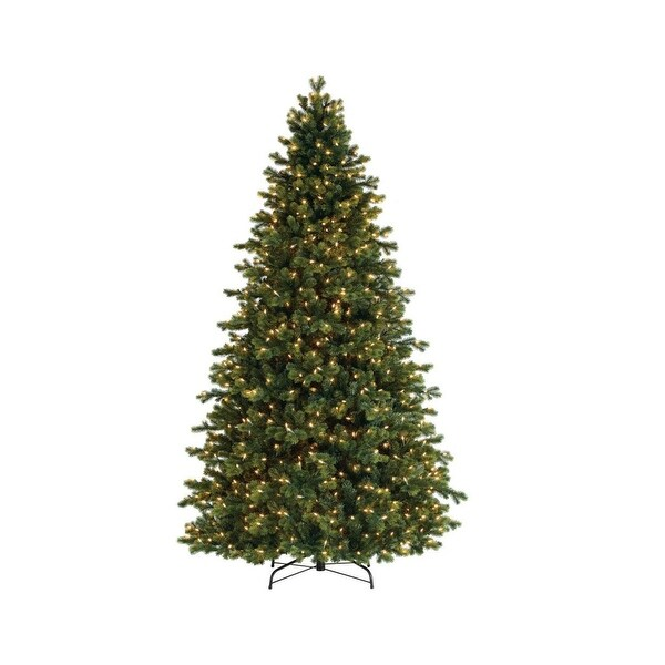 7.5' Pre-Lit Savannah Spruce Artificial Christmas Tree - Clear Lights - green