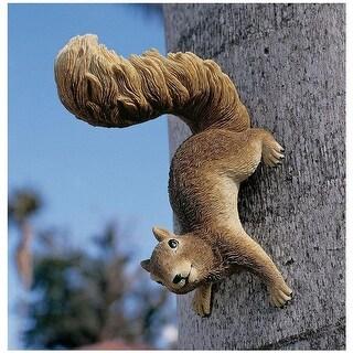 Design Toscano Simone, the Squirrel Hanging Sculpture