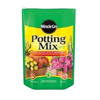 Miracle-Gro  Orchid Potting Mix  Fertilizer Enriched 8 qt.