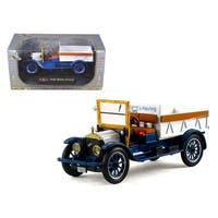 1920 Pickup Truck White 1/32 Diecast Model Car by Signature Models