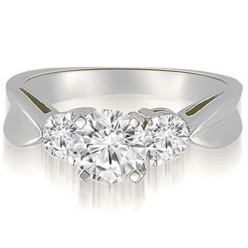 1.00 cttw. 14K White Gold Round Cut Three-Stone Diamond Engagement Ring