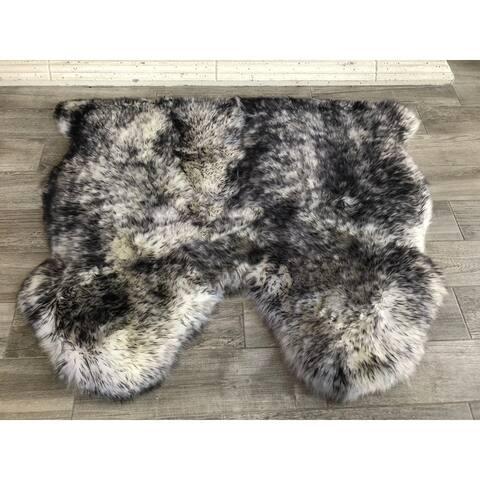 "Dynasty Natural 2-Pelt Luxury Long Wool Sheepskin White with Black Tips Shag Rug - 3' x 3'6"""