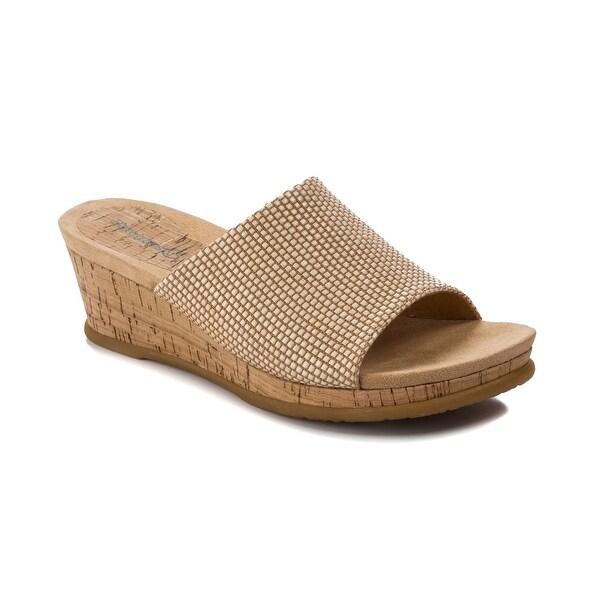 Baretraps Fergy Women's Sandals & Flip Flops Natural