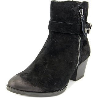 Earth Royal   Round Toe Suede  Bootie