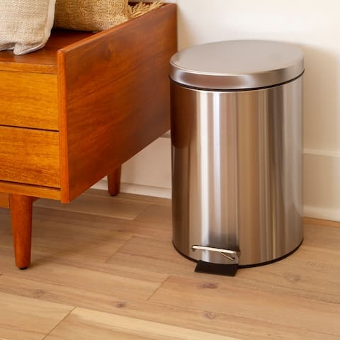 Stainless Steel Imprint Resistant Soft Close, Step Trash Can