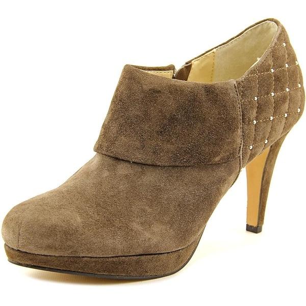 Adrienne Vittadini Pelli Women  Round Toe Suede Brown Heels