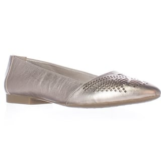 Bella Vita Owen Cutout Ballet Flats, Champagne|https://ak1.ostkcdn.com/images/products/is/images/direct/a8416d1b502eae1f960f594ccedd0bce0a0f43a0/Bella-Vita-Owen-Cutout-Ballet-Flats%2C-Champagne.jpg?impolicy=medium