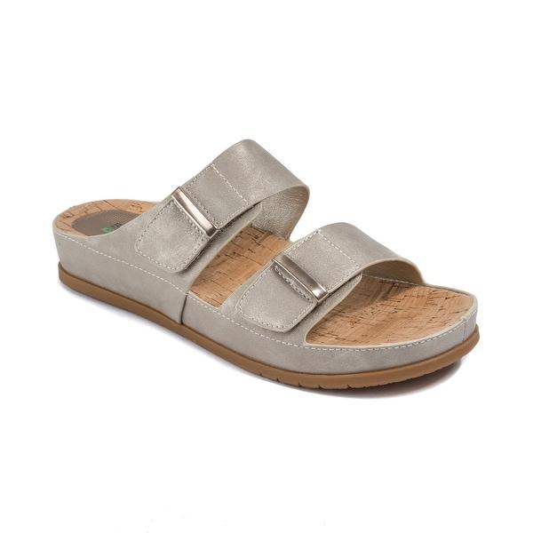 838864fd9d3a Shop Baretraps Cherilyn Women s Sandals   Flip Flops Champagne ...