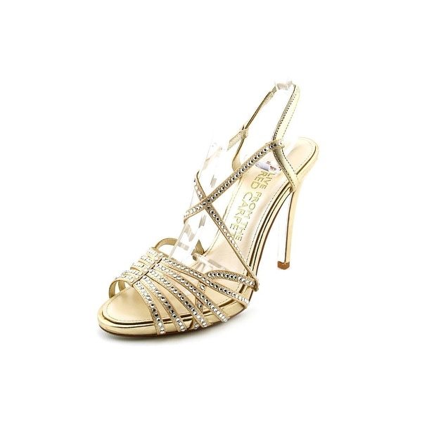 E! Live From The Red Carpet Tara Womens Gold Metallic Sandals