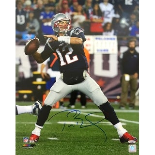 Tom Brady Signed 16x20 New England Patriots Photo TriStar