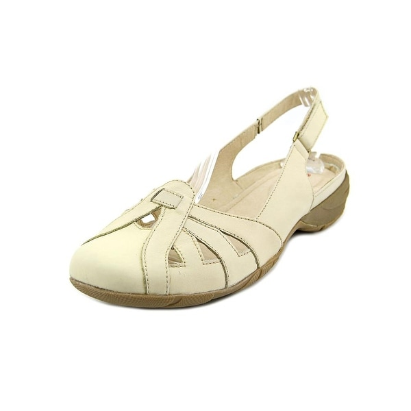 Blondo Beatrice Women Beige Pumps