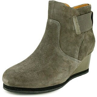 Earthies Beaumont Women  Round Toe Suede  Ankle Boot