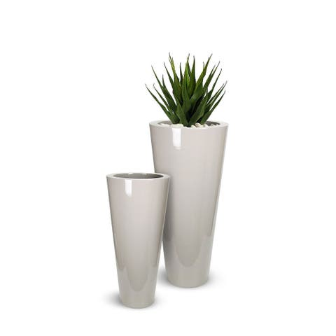 Lux Moderna Fiberglass Pot Cone