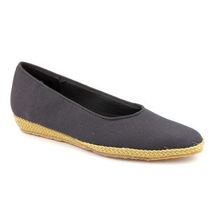 Beacon Phoenix Round Toe Canvas Espadrille