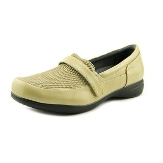 FootSmart April Women WW Round Toe Leather Tan Loafer