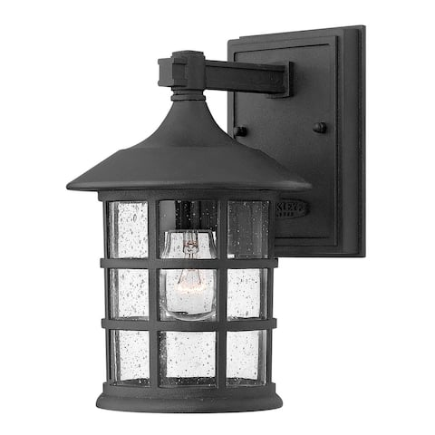 Hennessy One Light Wall Mount Black - Exact Size