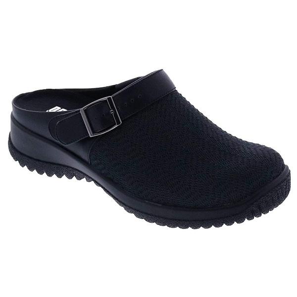 Drew Shoe Womens Savannah Closed Toe Casual Platform Sandals. Opens flyout.