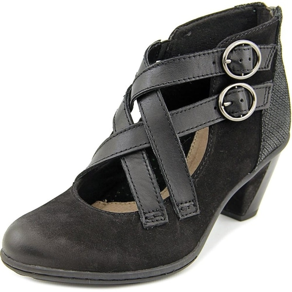 Earth Amber Women Round Toe Leather Black Bootie