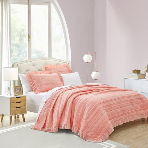 Beaute Living Ruffle Stripe Clip 3-piece Quilt Set