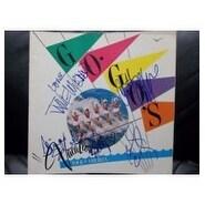 Signed Go Gos The Tour of America Souvenir Program 5 Signatures in All Belinda Carlisle Jane Wiedl