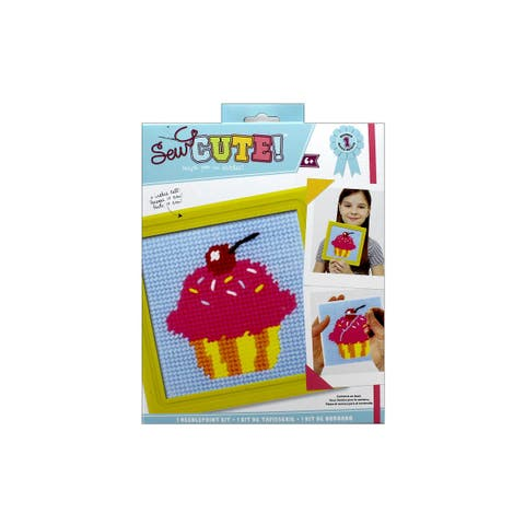 Colorbok Sew Cute Kit Needlepoint Cupcake