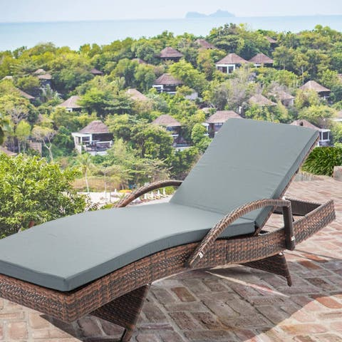 Mcombo Wicker Lounge Chaise Patio Adjustable Chair Furniture Resin Rattan Reclining Cushioned Bed 6082-TYBR-EY (1)